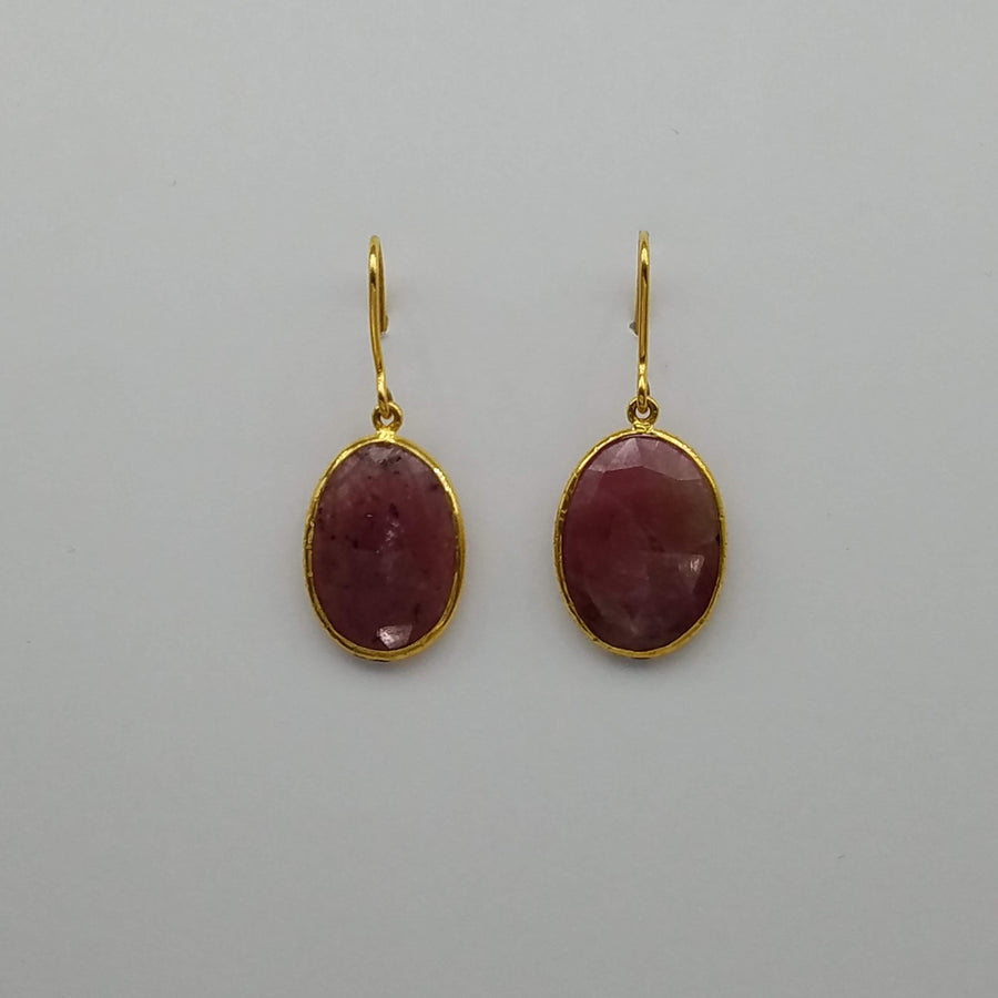 CORUNDUM GOLD EARRINGS