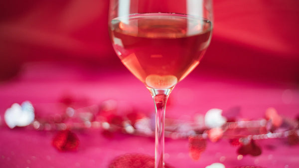 rose wine on table