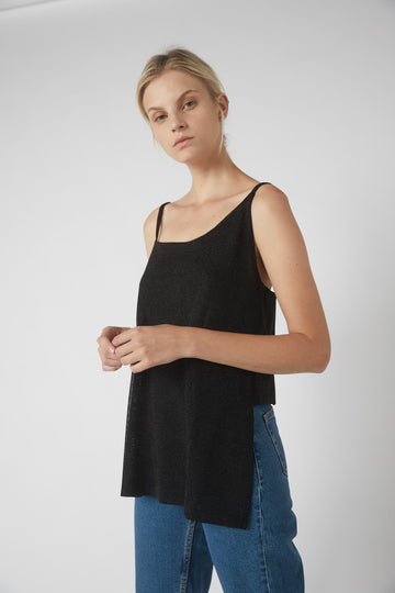 Asymmetrical Metallic Short Back Cami / Black