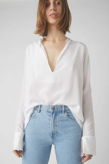 Tapered Deep V Long Sleeve Blouse / White