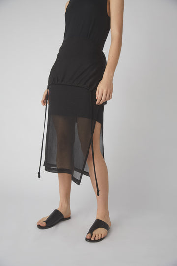 Temperate Metallic Midi Skirt / Black