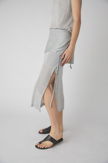 Temperate Metallic Midi Skirt / Silver