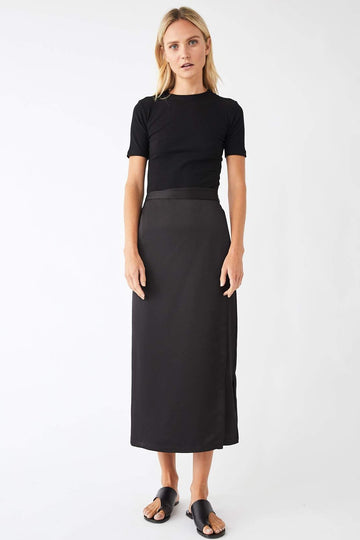 Utility Midi Wrap Skirt / Black