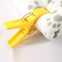 Beach Towel Pegs Pack of 8 - Large Plastic Clips for Sunbed