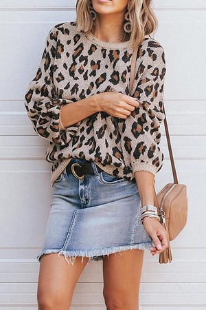 Zeewer Round Neck Leopard Print Sweater
