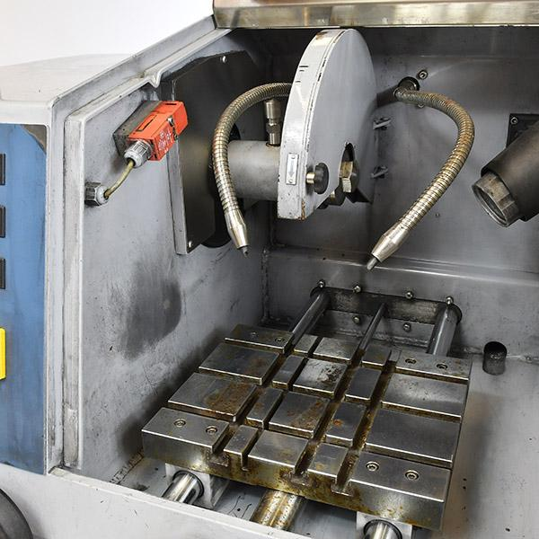 ATM Brilliant 250X Abrasive Cutter interior