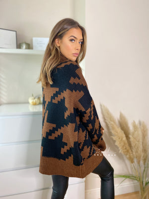 Women's brown oversized dogtooth jumper