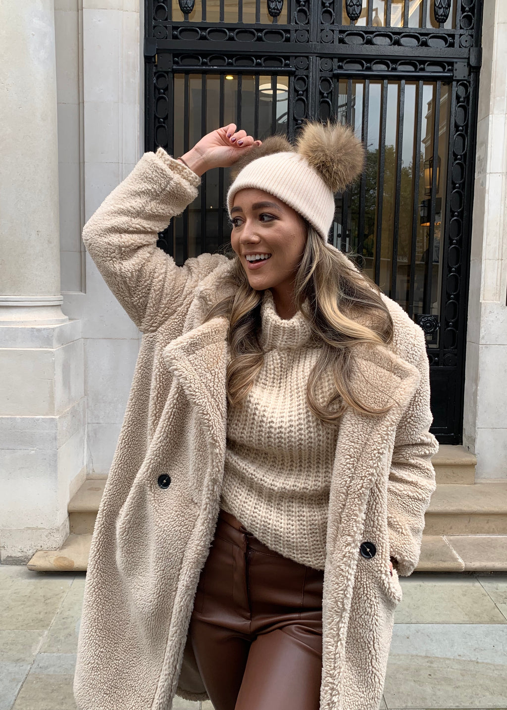 Beige DOUBLE Bobble Hat