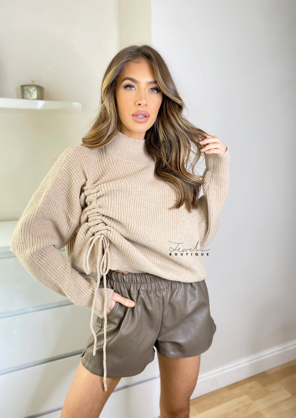 Women's ruched knitted jumper in mocha