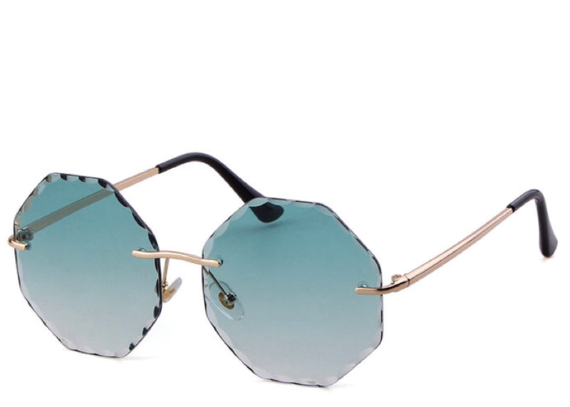 Women's on trend blue tint crinkle edge sunglasses