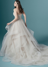 Load image into Gallery viewer, Maggie Sottero - Yasmin
