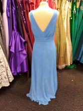 Load image into Gallery viewer, Prom and Evening Wear 2020 - Dress 147