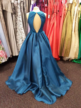 Load image into Gallery viewer, Prom and Evening Wear 2020 - Dress 137
