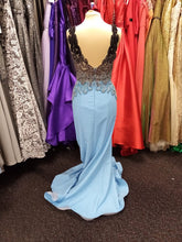 Load image into Gallery viewer, Prom and Evening Wear 2020 - Dress 148