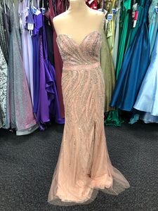 Prom and Evening Wear 2020 - Dress 15