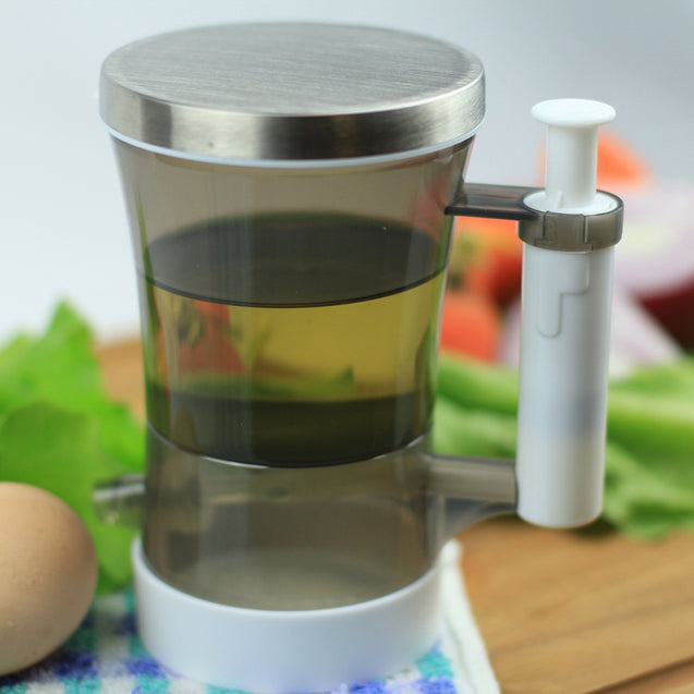 Coupcou.com: Oil And Vinegar Dispenser Smart Ration No Leak- Stainless Steel Olive Oil Dispenser Bottle for Kitchen  220ml