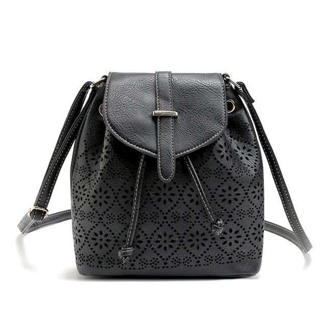 Coupcou.com: Hollow Out Solid Color Draw Crossbody Bag