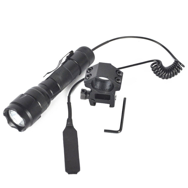 Coupcou.com: WF-502B Cree XM-L-T6 LED Flashlight Suit