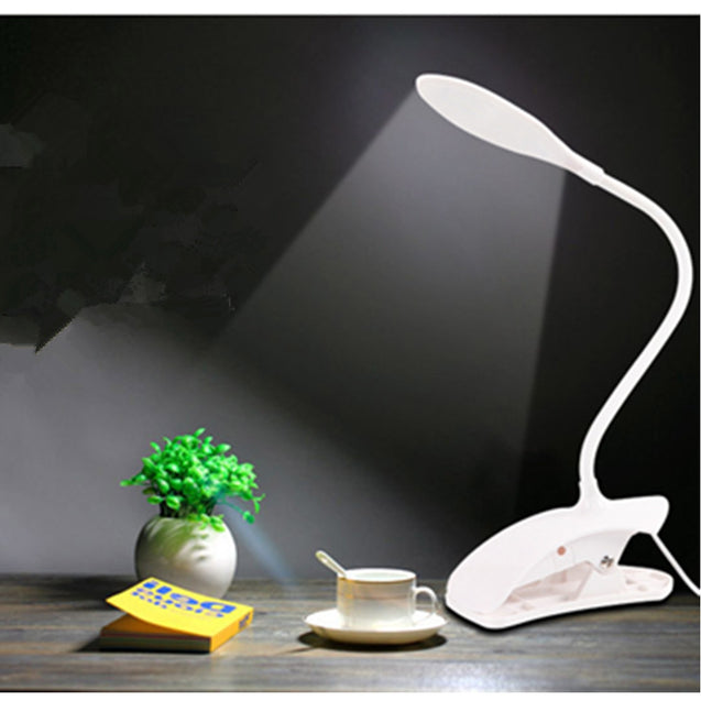 Coupcou.com: Clip on Bedside Table Lamp - Reading Eye-care Energy Efficient Portable USB Rechargeable