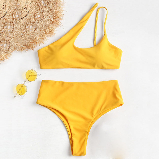 Coupcou.com: One Shoulder High Leg Bikini