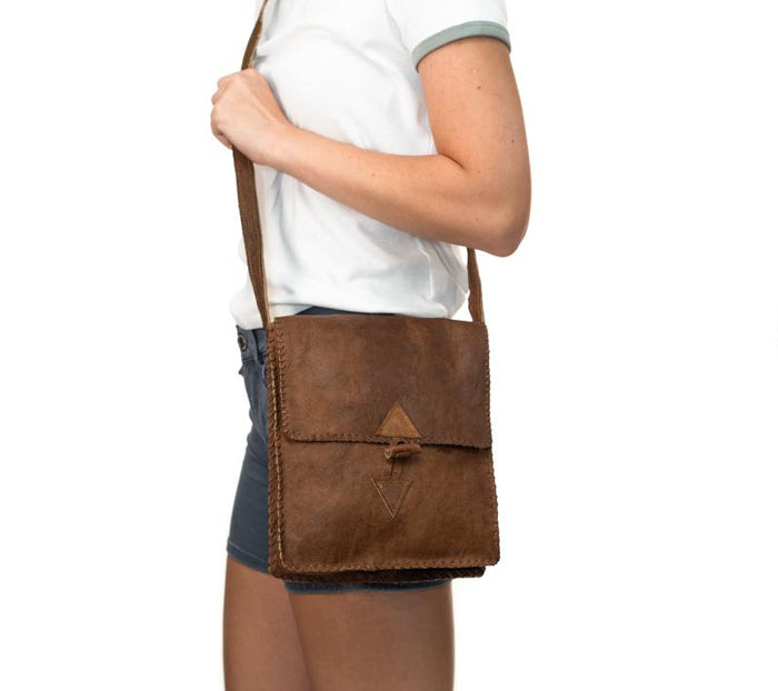 Water Buffalo Leather Simple Bag - Bold Stitch