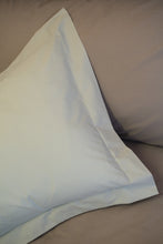 Load image into Gallery viewer, Baroque Oxford Pillowcases (Various Thread Counts)