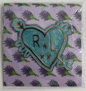 💙 R + L Heart Pin Badge