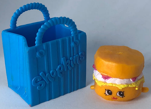 Shopkins Sconnie Figure In A Bag - Demize Collectibles LTD
