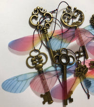 Load image into Gallery viewer, Set Of 8 Flying Keys - Demize Collectibles LTD