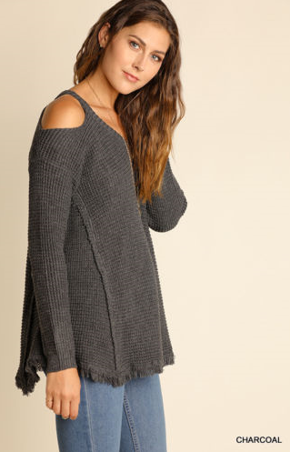 Lightweight Gray Cold Shoulder V-Neck Sweater with Frayed Hem by Umgee