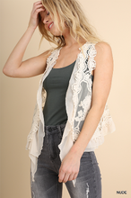 Load image into Gallery viewer, Umgee Lace Crochet Vest