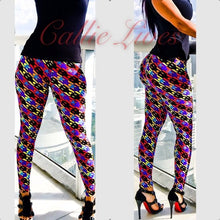 Load image into Gallery viewer, Rainbow Digital Skull Mommy & Me Matching Leggings