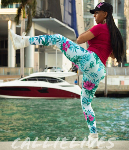 Callie 3D Paradisio: Workout Floral Graphic Leggings