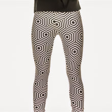 Load image into Gallery viewer, Miz Hypnotic: Hexagon Print 3D Graphic Leggings - callielives