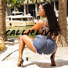 Load image into Gallery viewer, Callie Zip My Rear: Distressed Frayed Jean Shorts (PLUS) - callielives