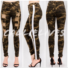 Load image into Gallery viewer, Miz Plus Ripped Camo: Torn Side Stripe Jeans