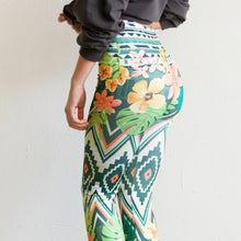 Load image into Gallery viewer, Callie Sublimation: Seamless Aztec Aloha Leggings
