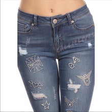 Load image into Gallery viewer, Callie Denim: Embroidered Slim Stretch Jeans 11 13
