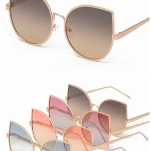 Callie Cateye: Oversized Purple Haze Sunglasses