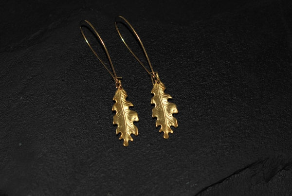 Bohemia Pair of small Oakleaf earrings, Brass Gold or Silver