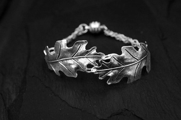 Bohemia Double Oakleaf Bracelet in Silverpleated Brass
