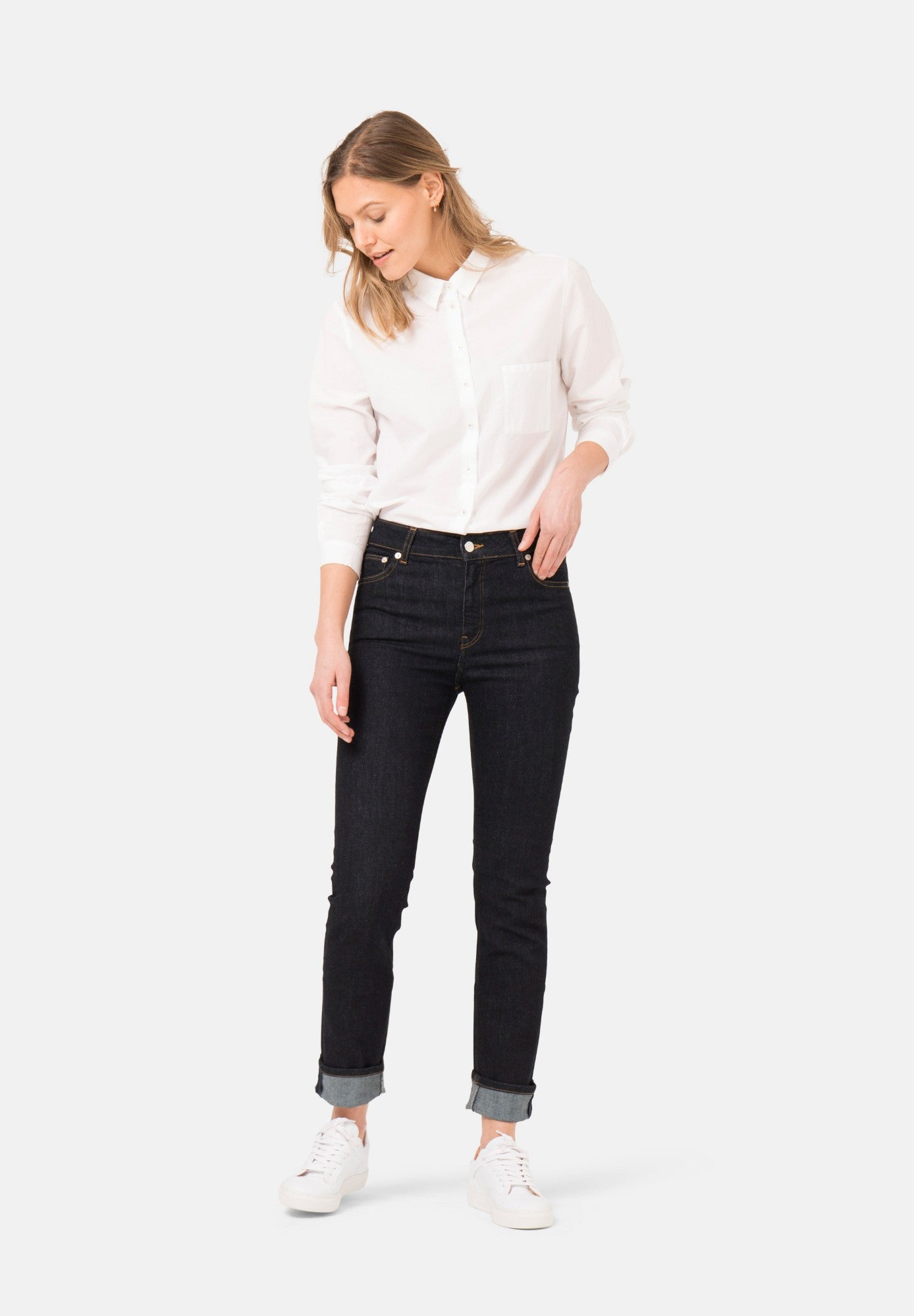MUD Jeans Regular Swan in Strong Blue