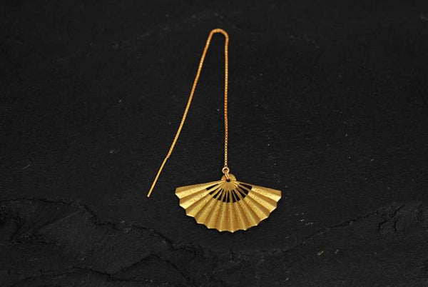 Bohemia Fan earring on chain brass