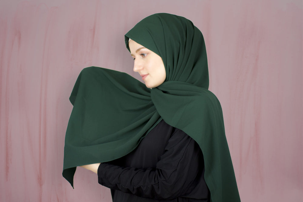 Dark Green x Rich Chiffon