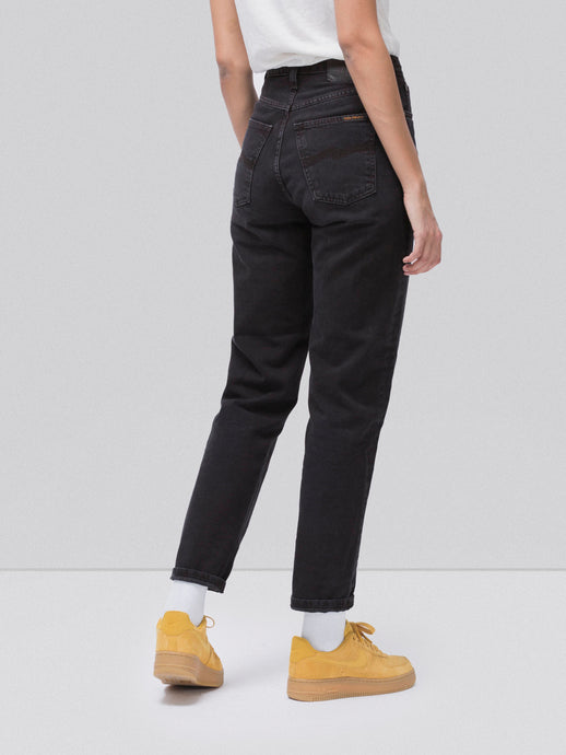 Nudie Jeans Women's Breezy Britt - Black Worn