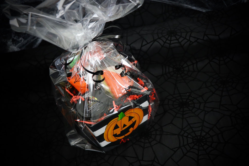 Striped Pumpkin Square Basket