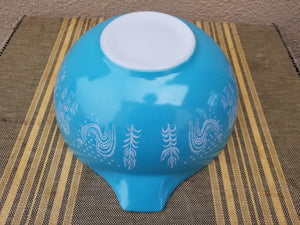 "Vintage Pyrex Blue ""Amish Butterprint"" Cinderella Mixing Bowls 443 and 444"