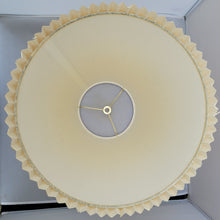 Load image into Gallery viewer, Vintage Natural Pleated Paper Lamp Shade