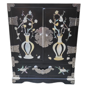 Chinoiserie Black Lacquer and Mother of Pearl Jewelry Box