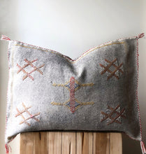 Load image into Gallery viewer, Aztec House, boho, throw cushion, mudcloth cushions, wholesale cushion covers, room décor, home decoration, bedroom décor, wholesale homewares, homeware stores, designer homeware, boho-chic, boho décor, farmhouse, mudcloth cushions, interiors